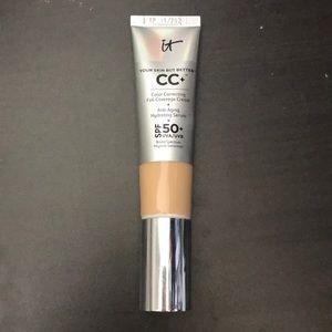 IT cosmetics CC cream in light